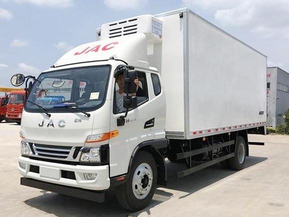 (厢长6.2米)江淮骏铃一排半冷藏车